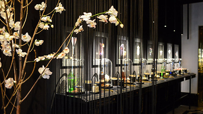 "Bar ""Fragrances"", The Ritz Carlton in Berlin"