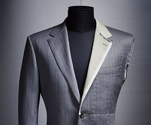 New BOSS Menswear Suit in dark blue with businessbag
