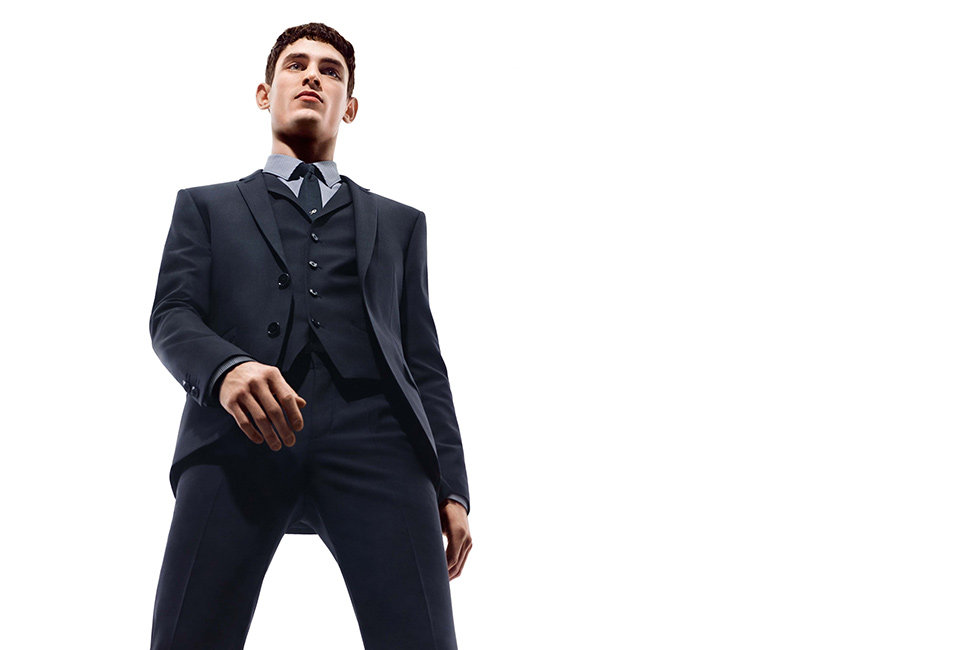 Black HUGO suit with shirt and tie