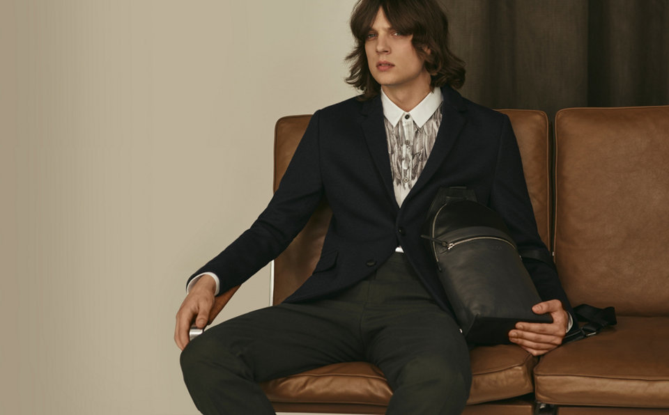 Black tailored jacket, patterned shirt, black trousers by HUGO