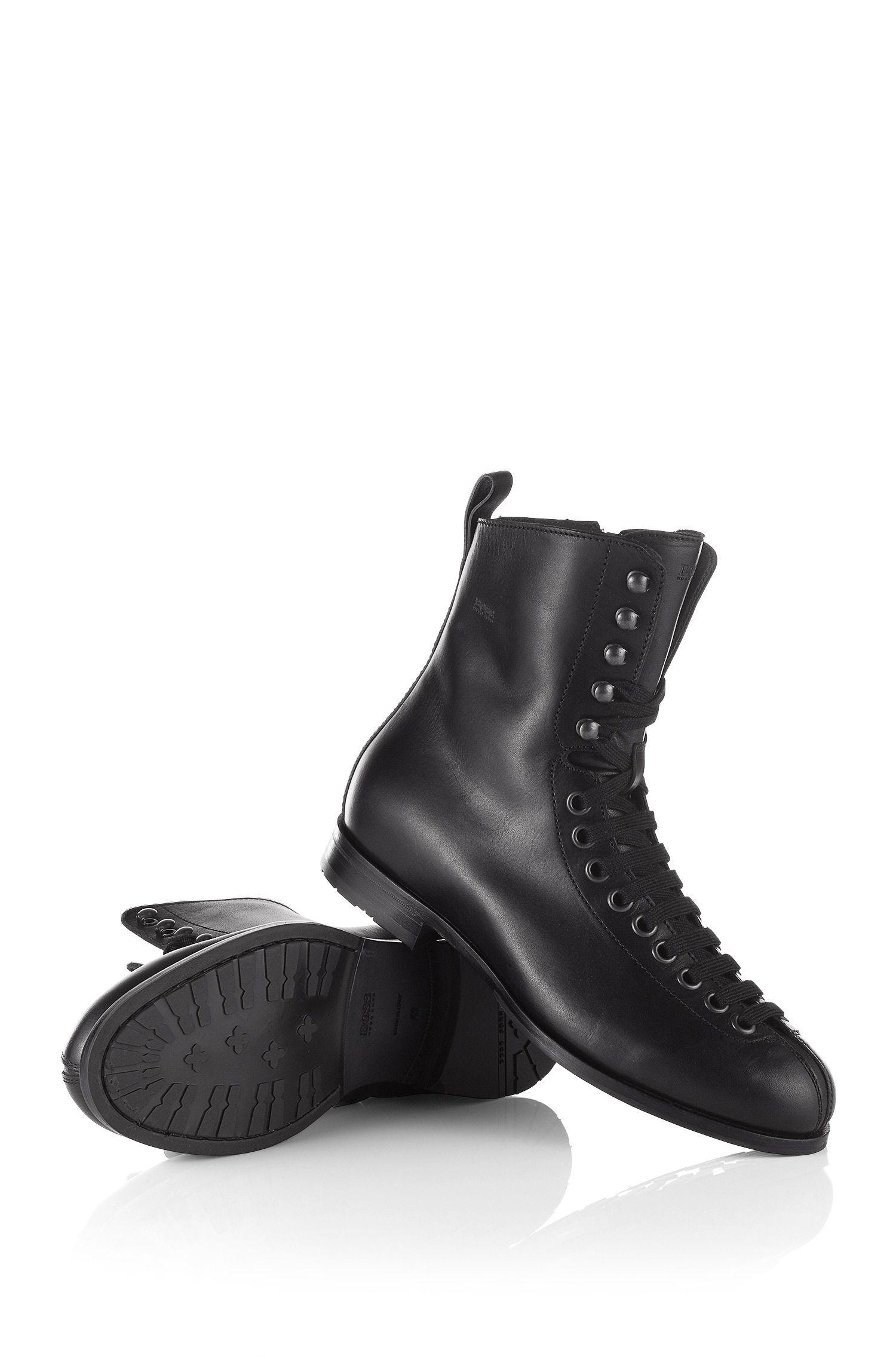 Boots ´FESTOR` met haakjes en ogen