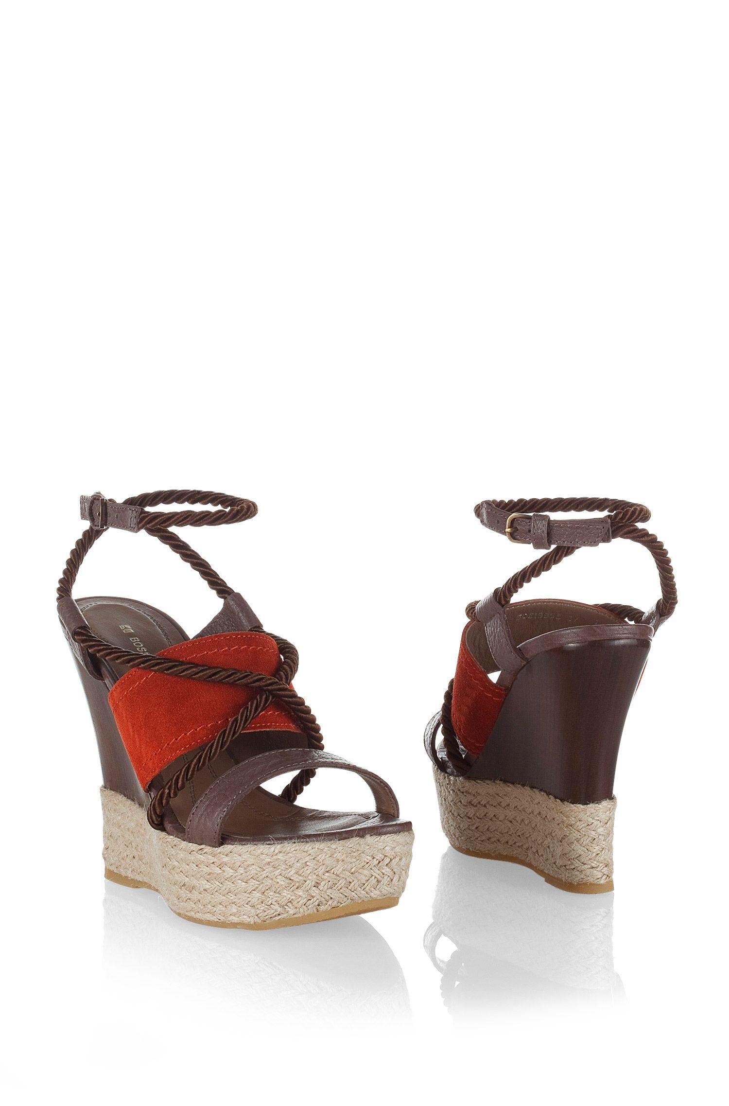 Sandales design à talons compensés, VIOLE