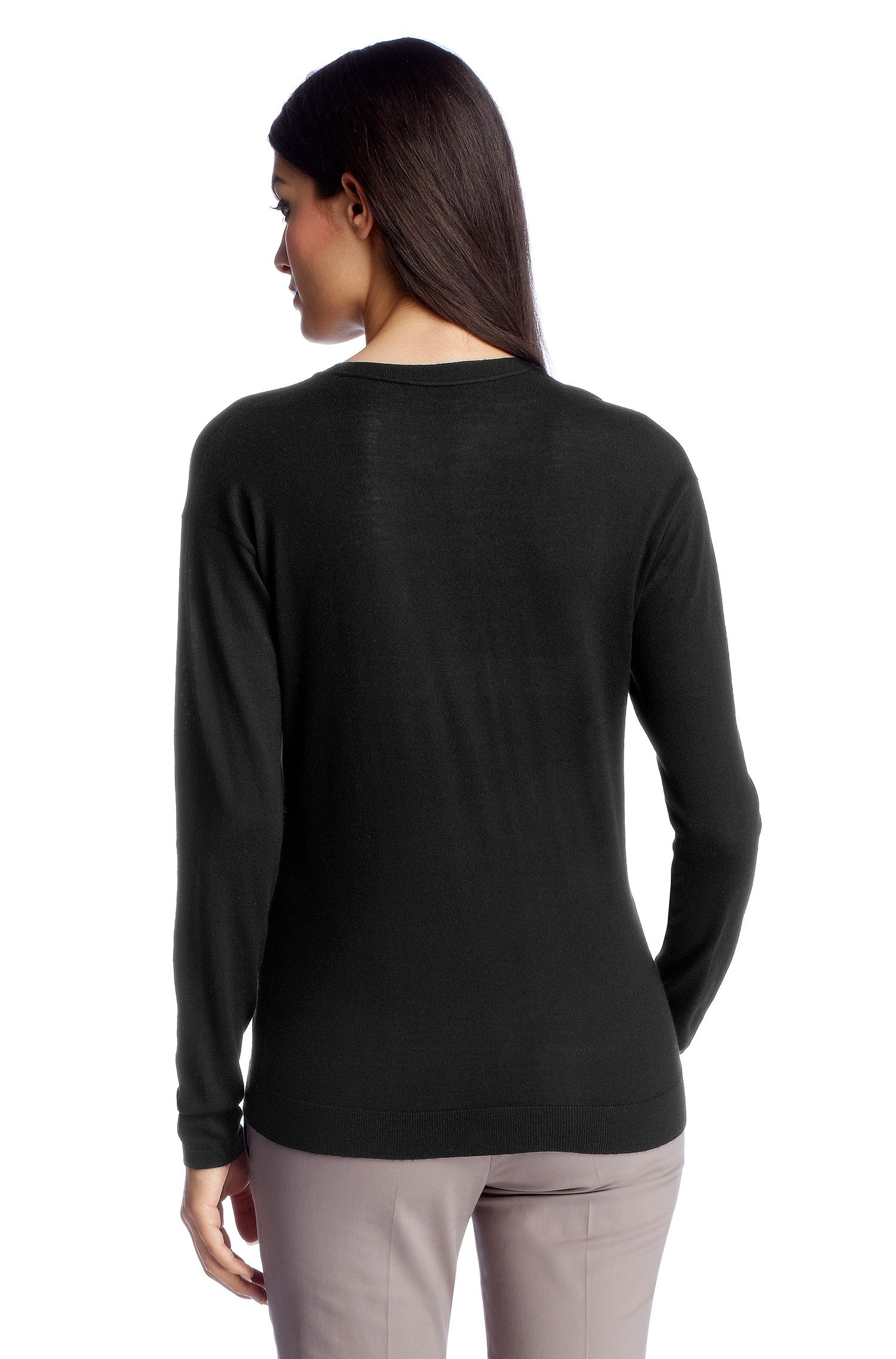 Pull-over en laine vierge, F4821