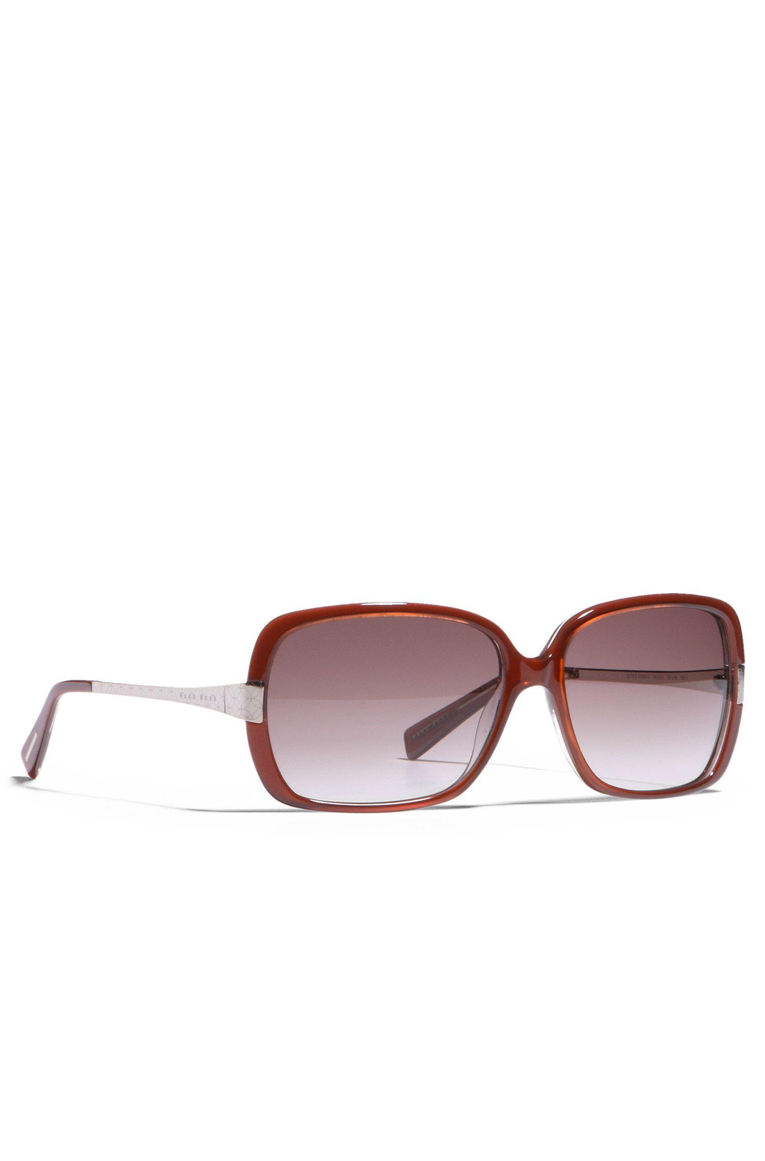 Damensonnenbrille im 70er Jahre-Look