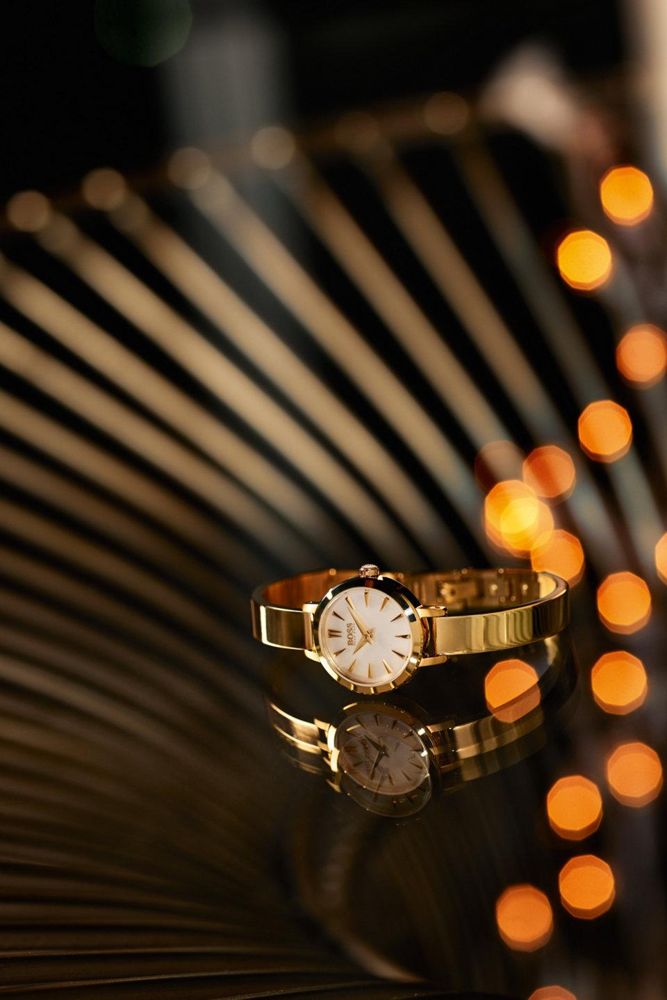 Goldene Uhr von BOSS