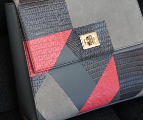 Tasche im Patchworkdesign in Grau und Pink von BOSS