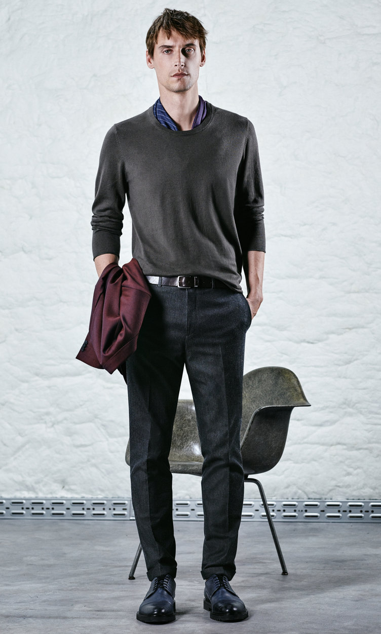 Dark red jacket, open green pullover, trousers, belt and shoes by HUGO