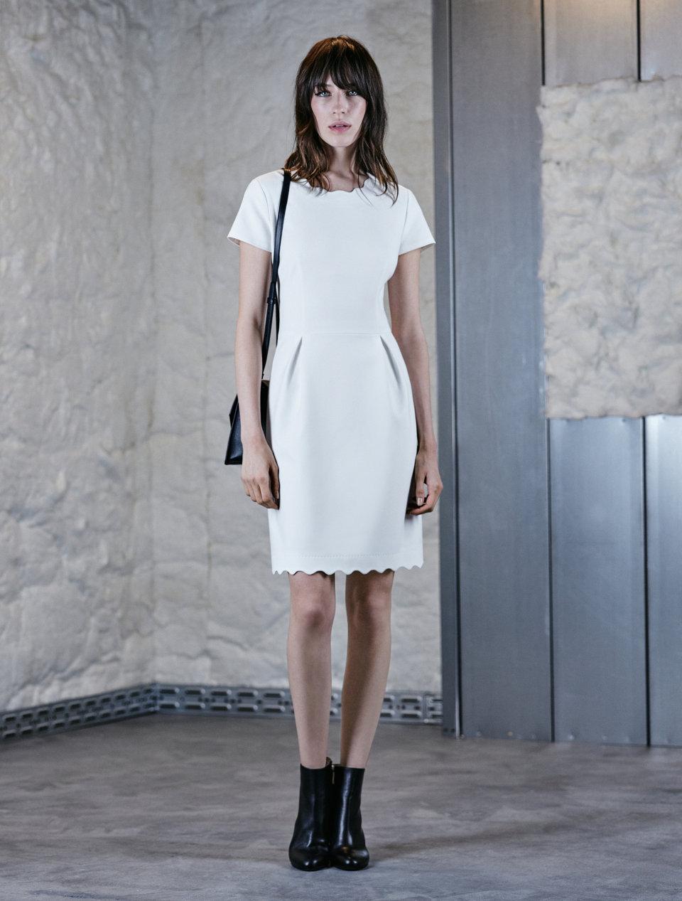 White short-sleeved dress.