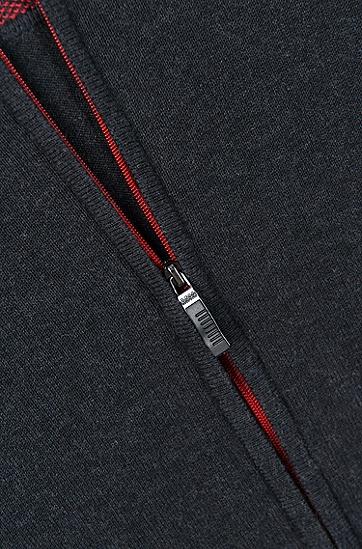 饰以对比色肘部贴饰的常规版拉链式开衫,  010_炭黑色