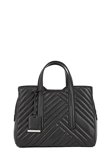 饰以混合绗缝元素的皮革托特包,  001_黑色
