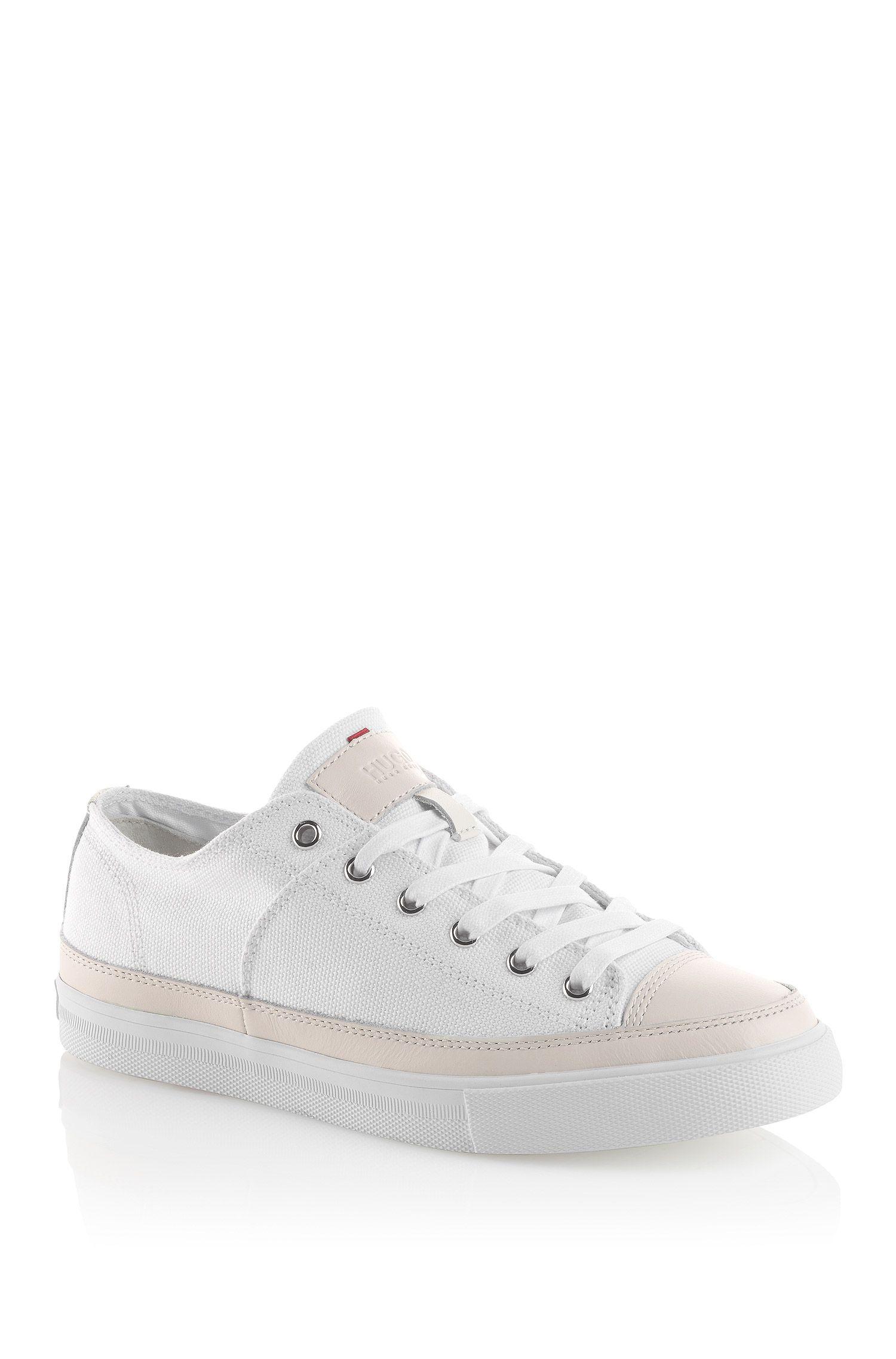 Sneakers van canvas met leren garneersel: 'Vanille'