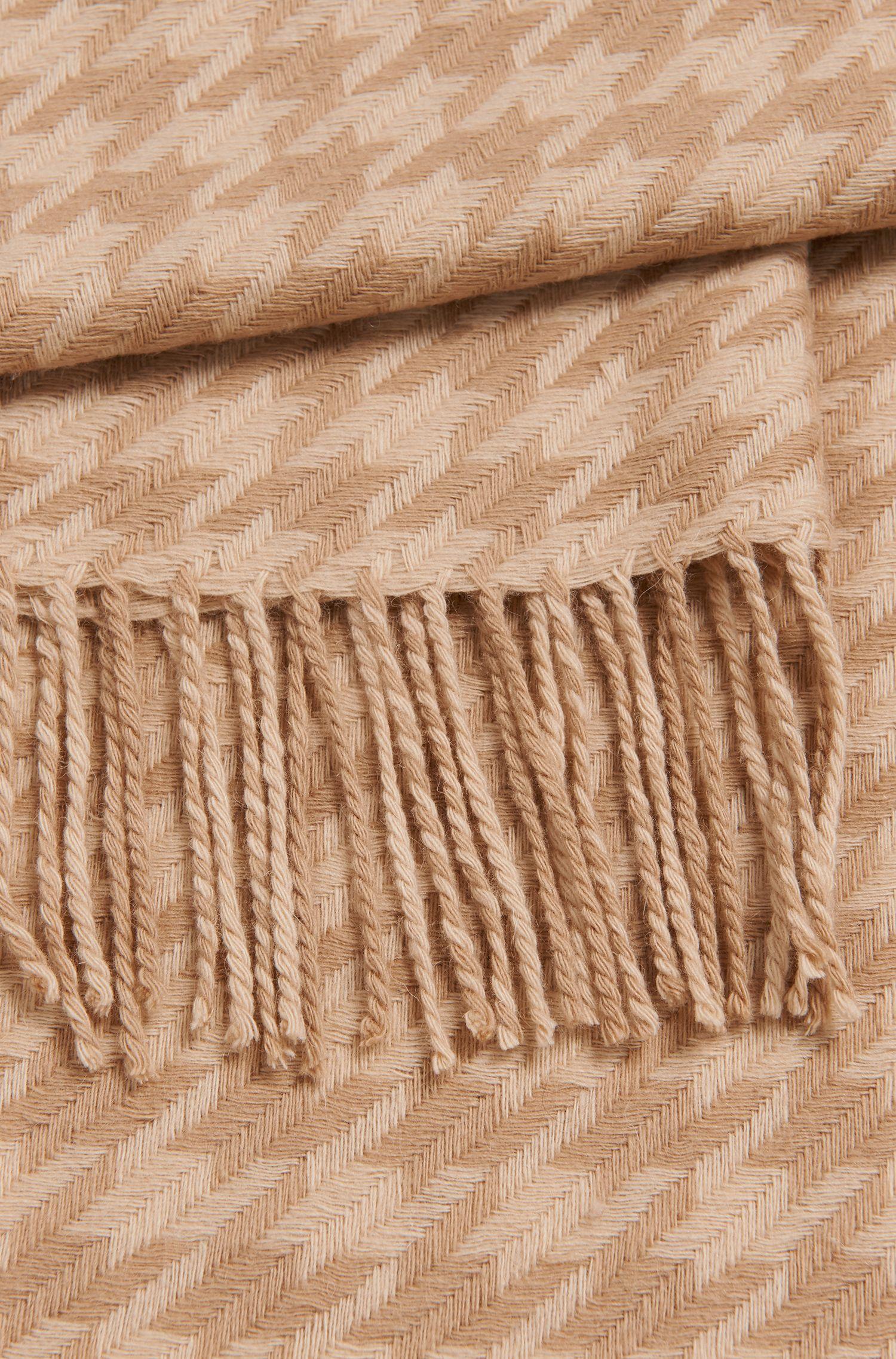 Schal aus Schurwolle mit langen Fransen: 'Lenasa'