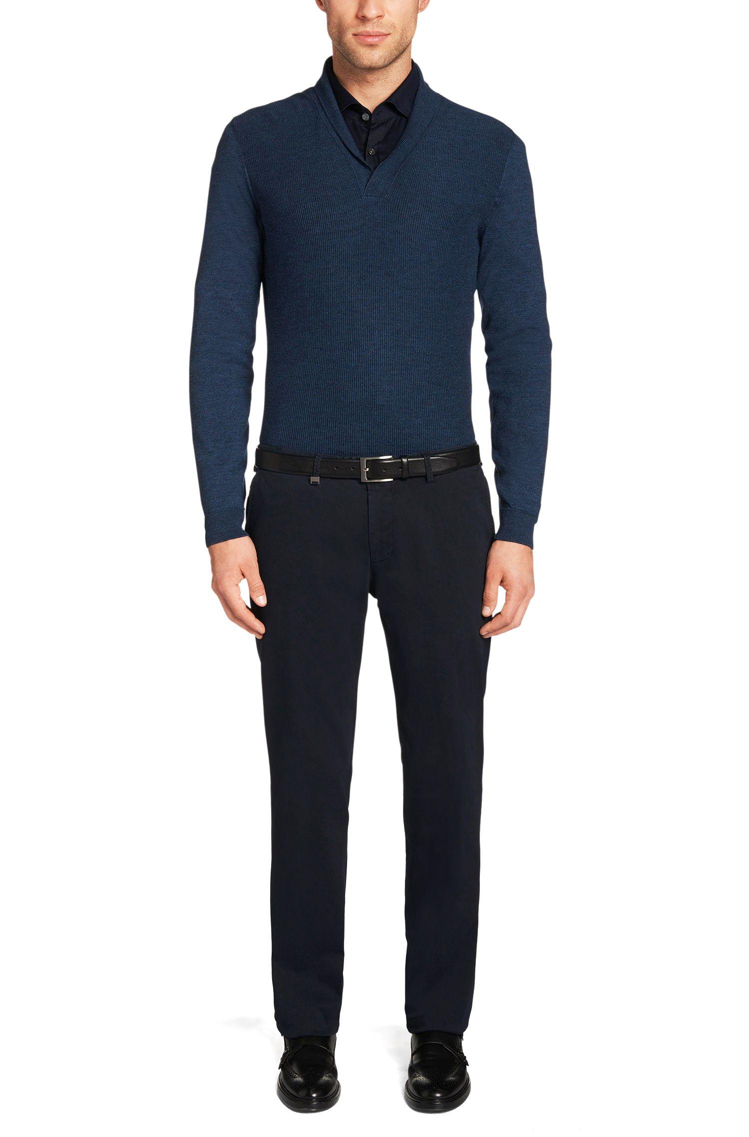 Chino Tailored en coton extensible: «T-Crigan3-D»