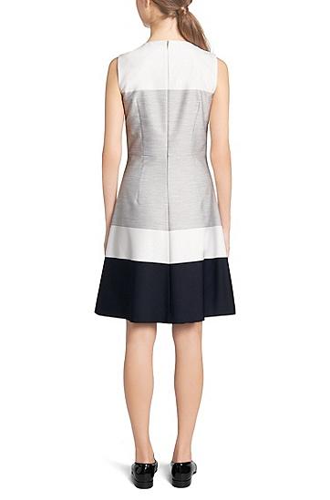 Kleid aus elastischem Material-Mix mit Viskoseanteil: 'Hinawa', Gemustert