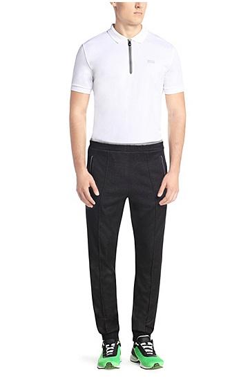 Jogginghose aus texturierter Baumwolle: ´Hajus`, Schwarz