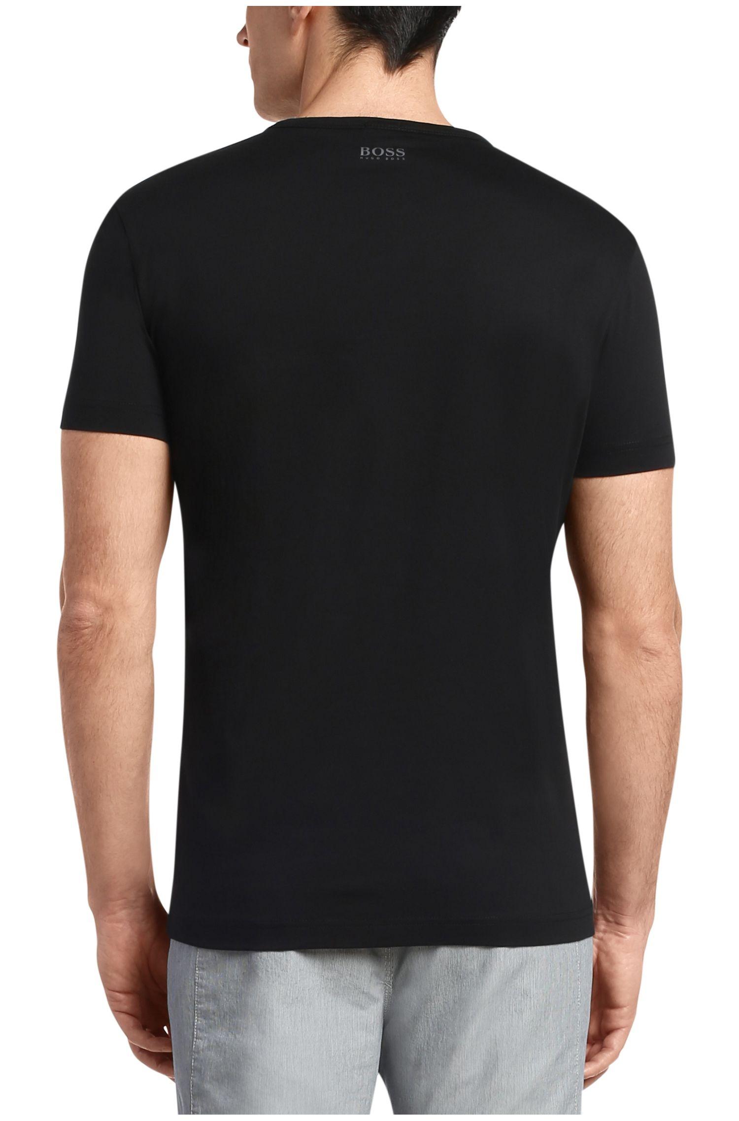 T-Shirt aus Baumwolle mit Frontprint: ´Tee 4`