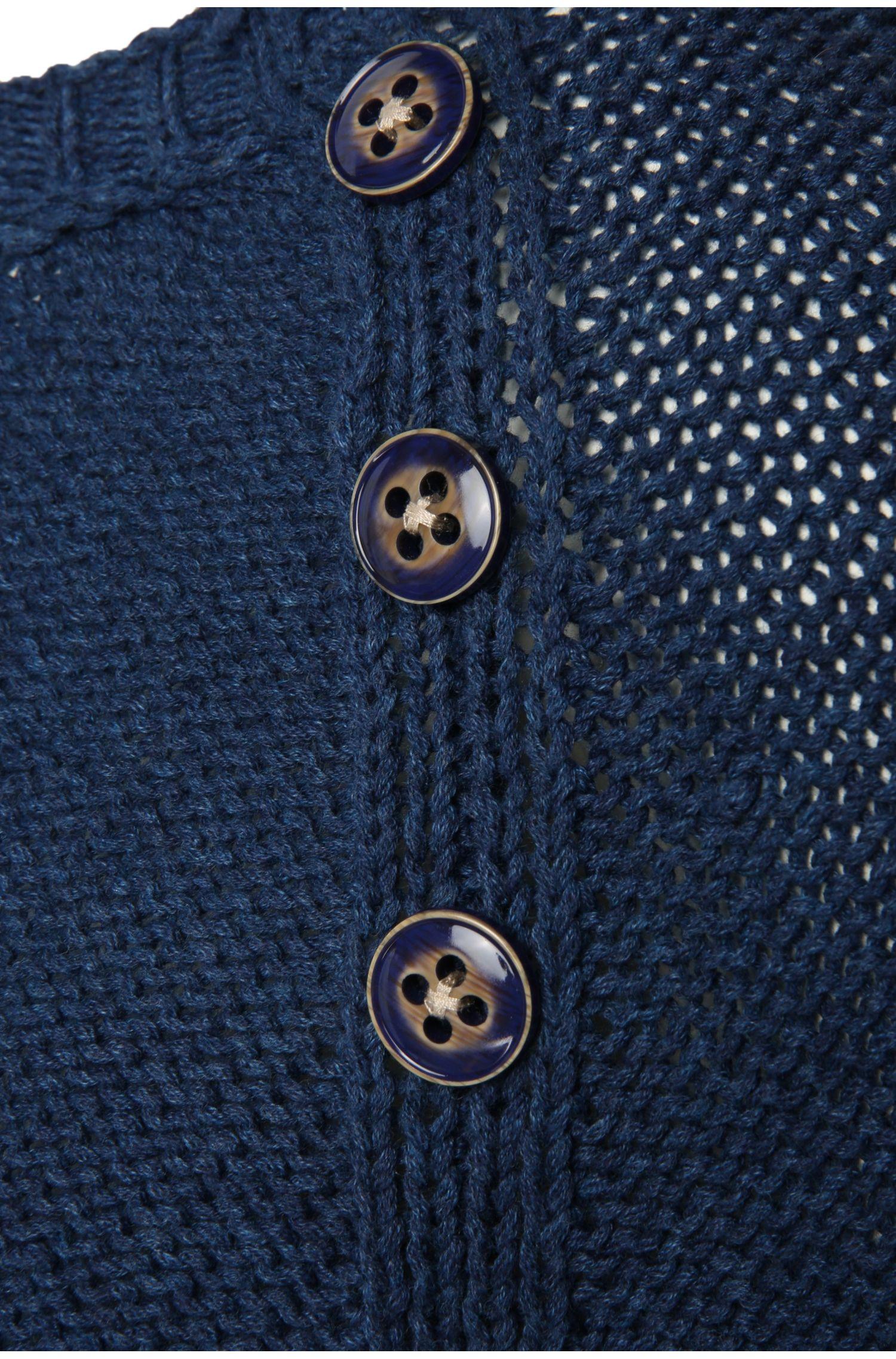 Regular-Fit Strickpullover aus Baumwolle mit Zierknöpfen: ´Wonia`