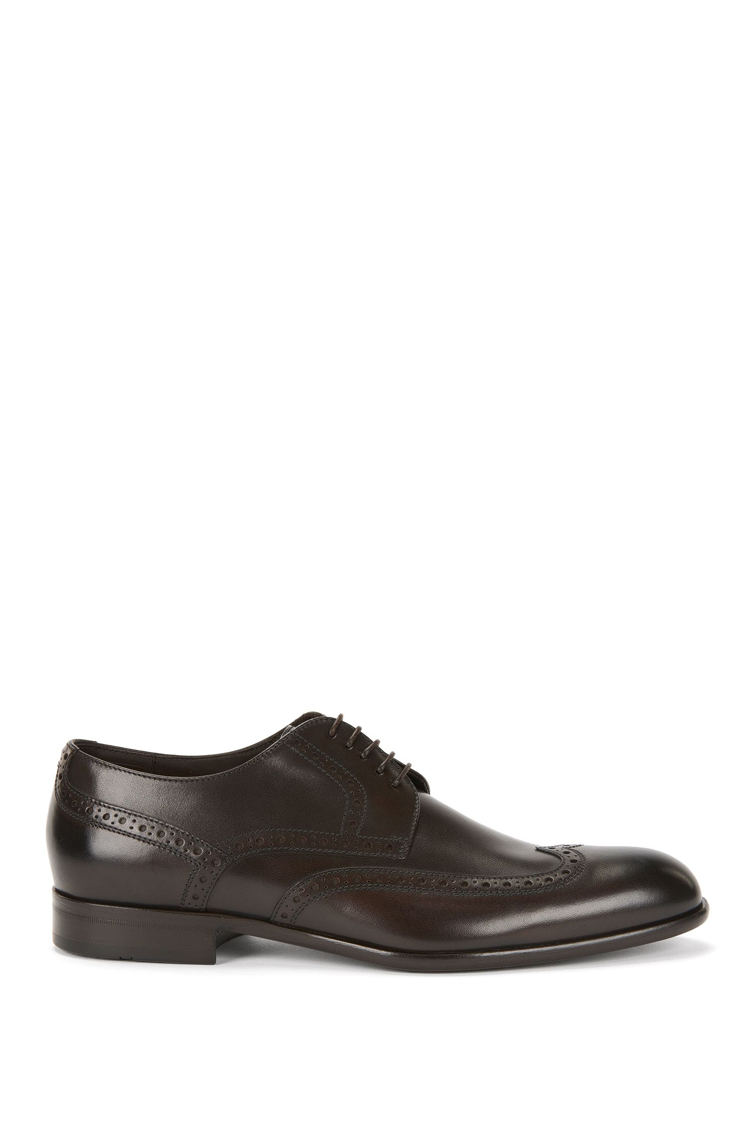 Leather lace-up shoes with a Budapester pattern: 'Manperd'