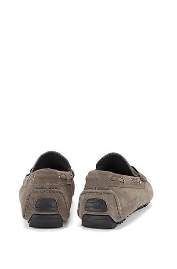 Mokassins aus Leder mit Metall-Detail: 'Driprin', Grau
