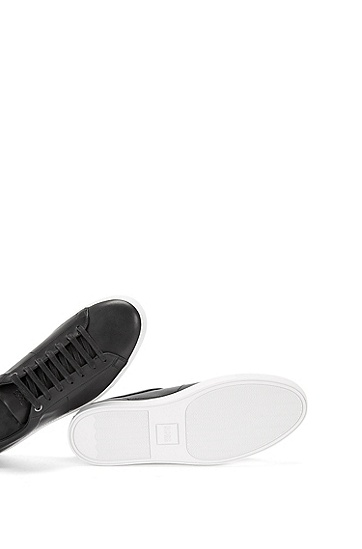 Plain-coloured leather trainers: 'Timaker', Black