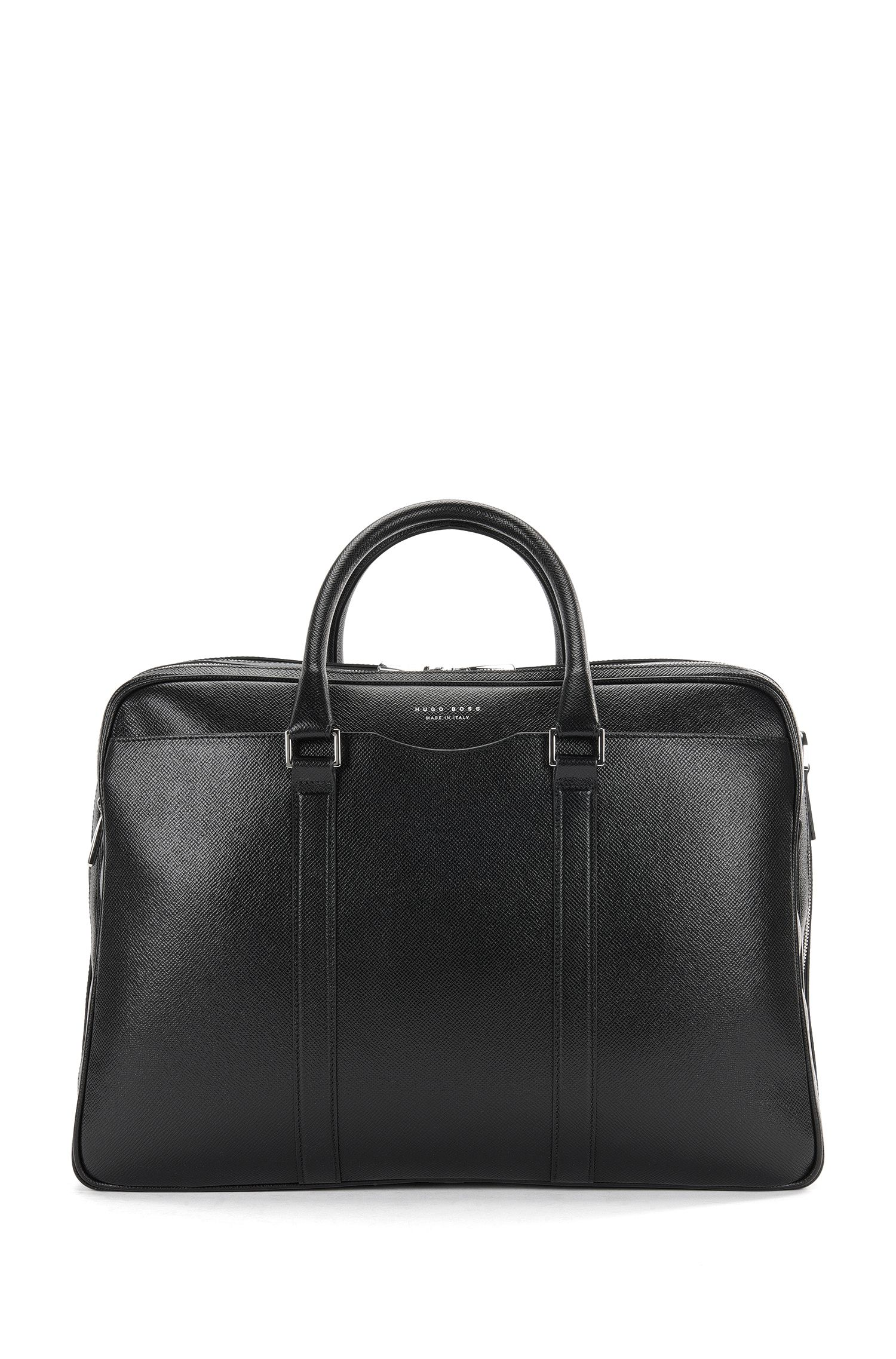 Leather weekender bag with the main compartment divided into 2: 'Signature_Holdall'