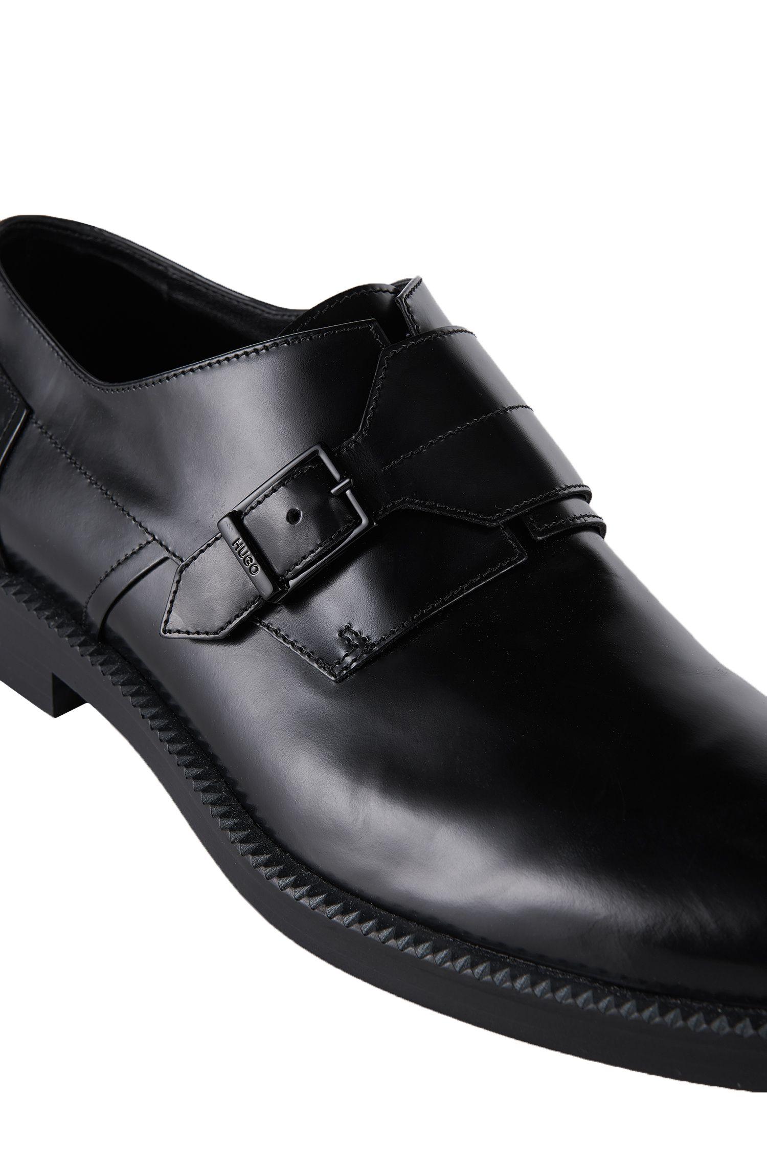 Chaussures à boucle en cuir: «Monomok»