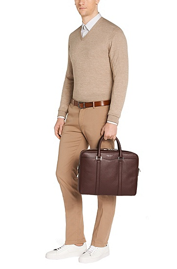 Laptop bag in finely-textured leather: 'Signature_S doc', Dark Red