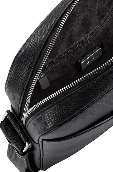 带肩带小牛皮记者包:'Signature NS Zip',  001_黑色