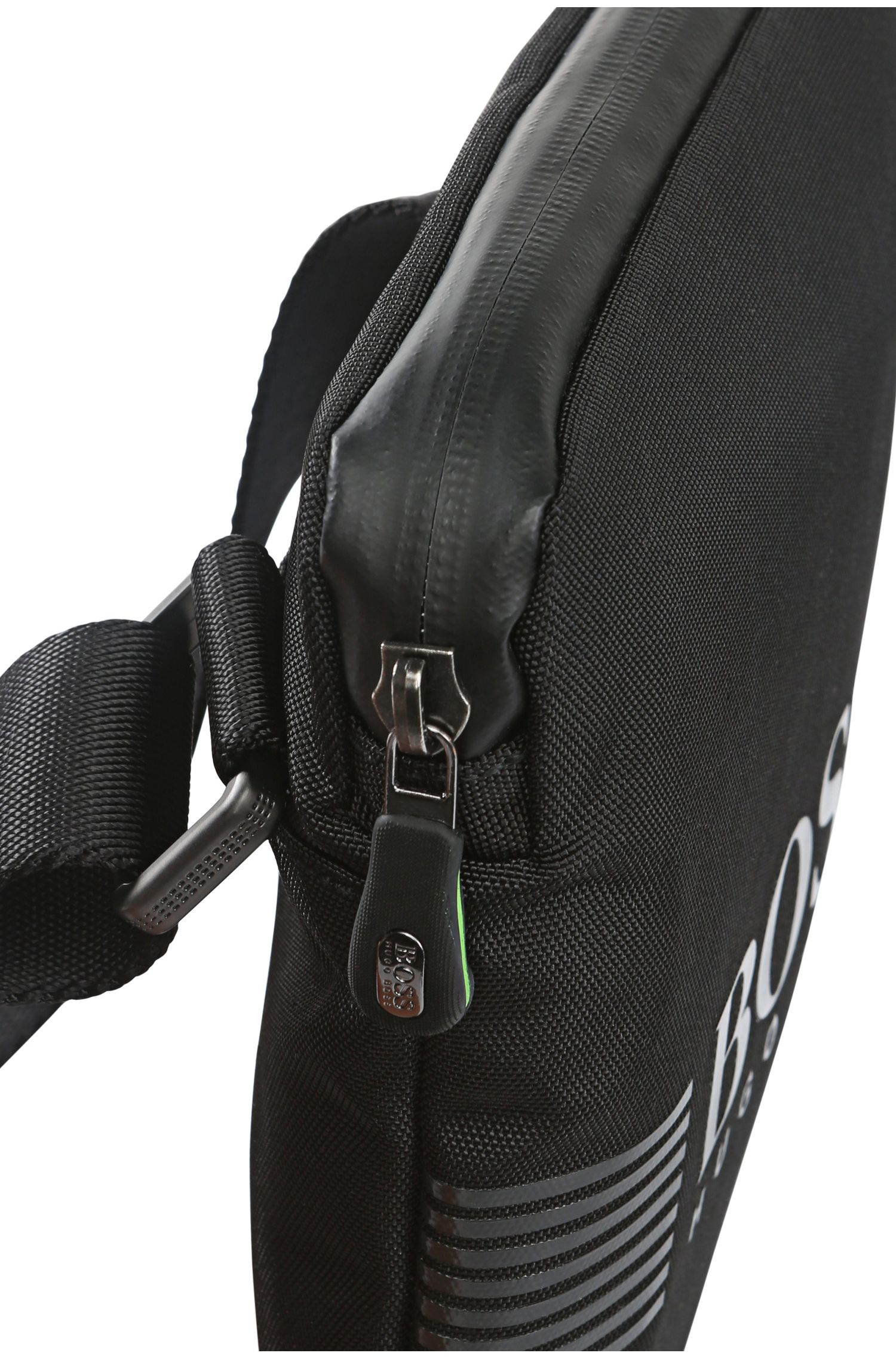 Mini Bag aus Material-Mix mit Besätzen in Leder-Optik: ´Pixel_S zip env`