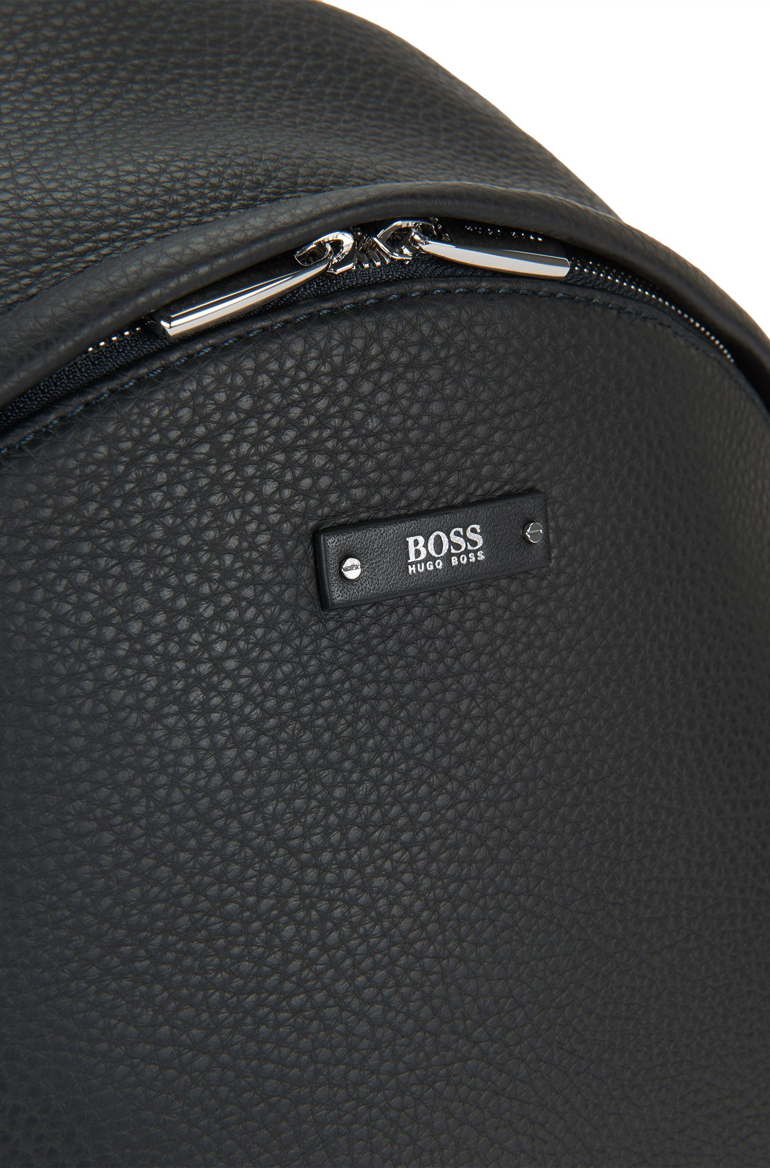 Sac à dos en cuir gravé: «Traveller_Backpack»