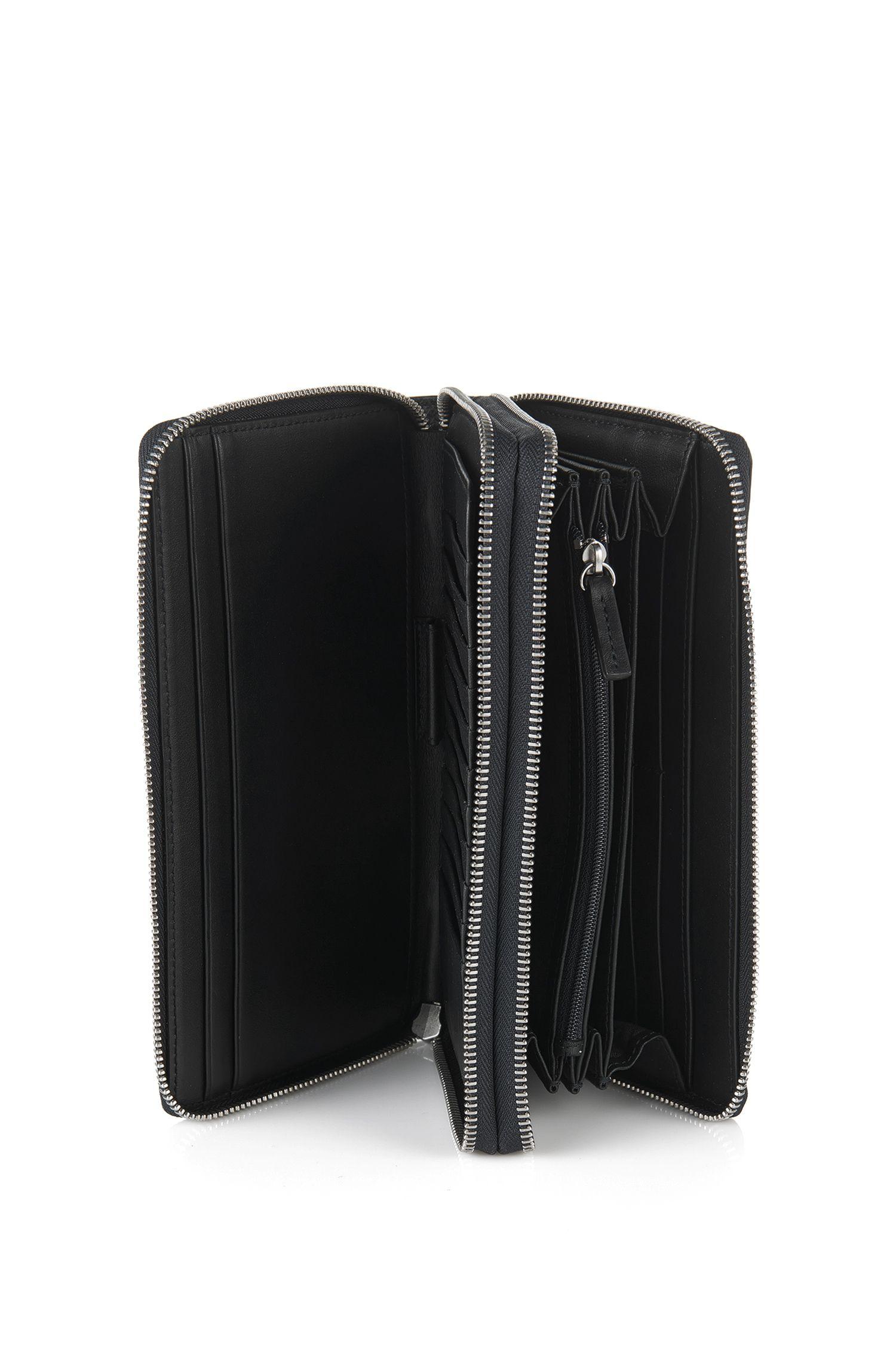 Organiseur en cuir avec deux compartiments principaux: «Traveller_D zip trav»