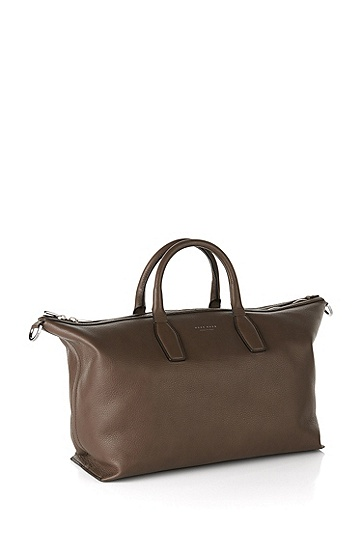 Weekender bag in finely grained leather: 'Softy Holdall', Dark Brown
