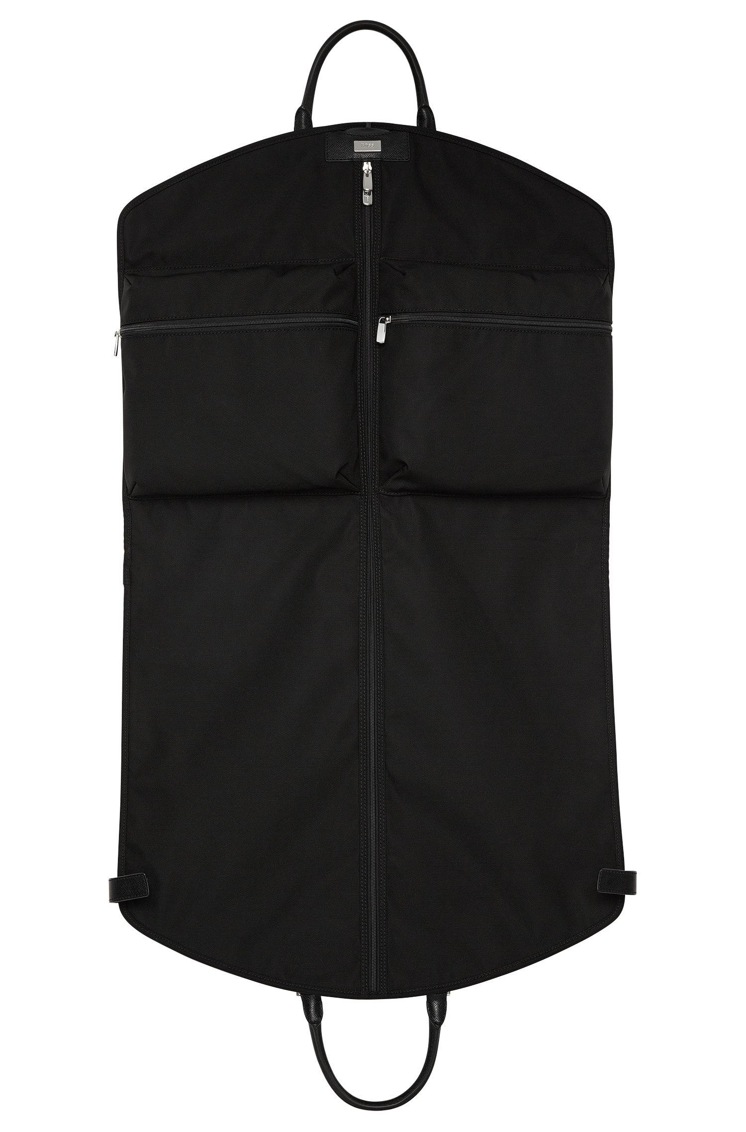 Kleidersack mit Leder-Details: 'Signature L_Garment'