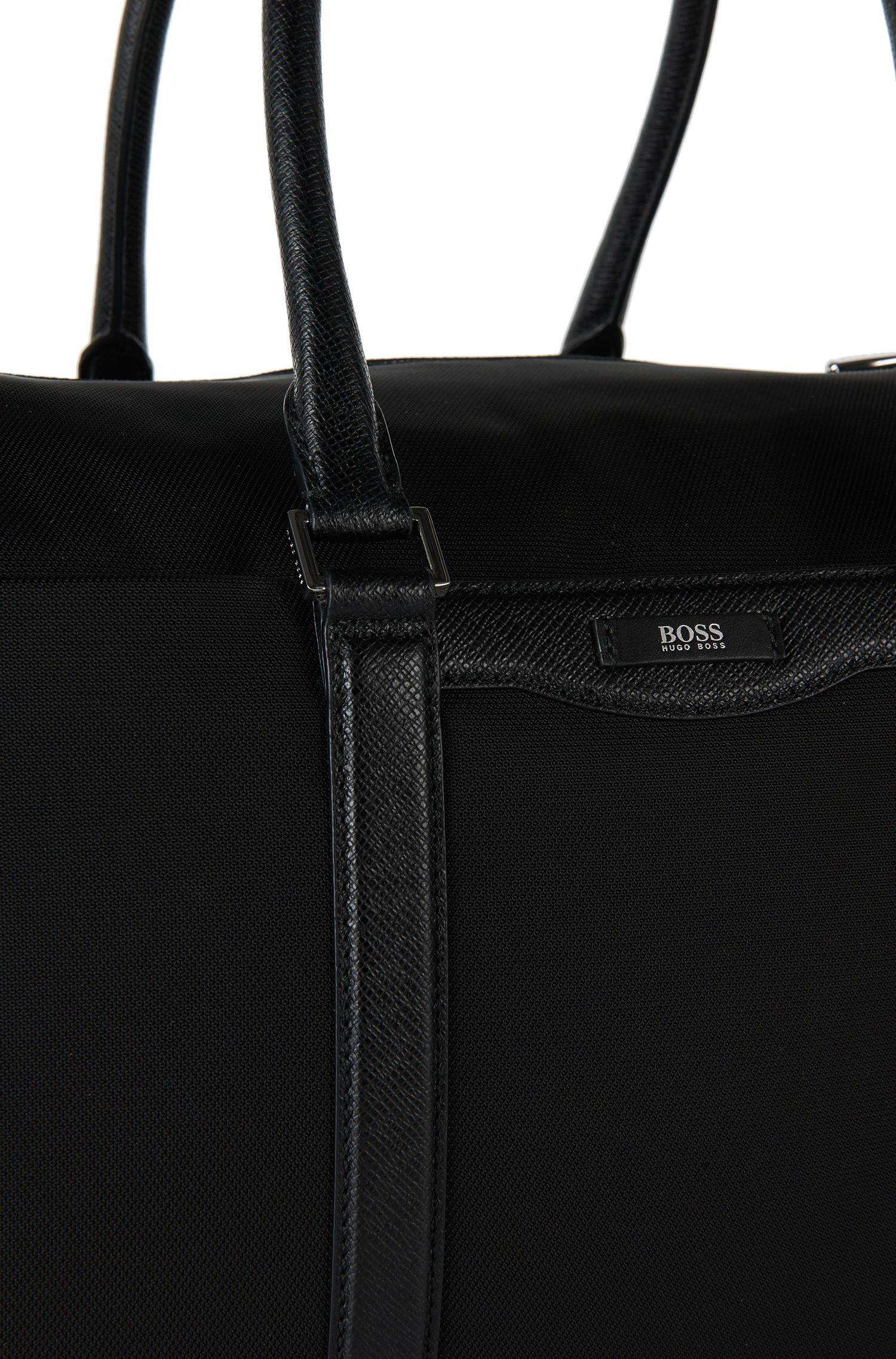 Weekender mit Leder-Details: 'Signature L_B Hold'