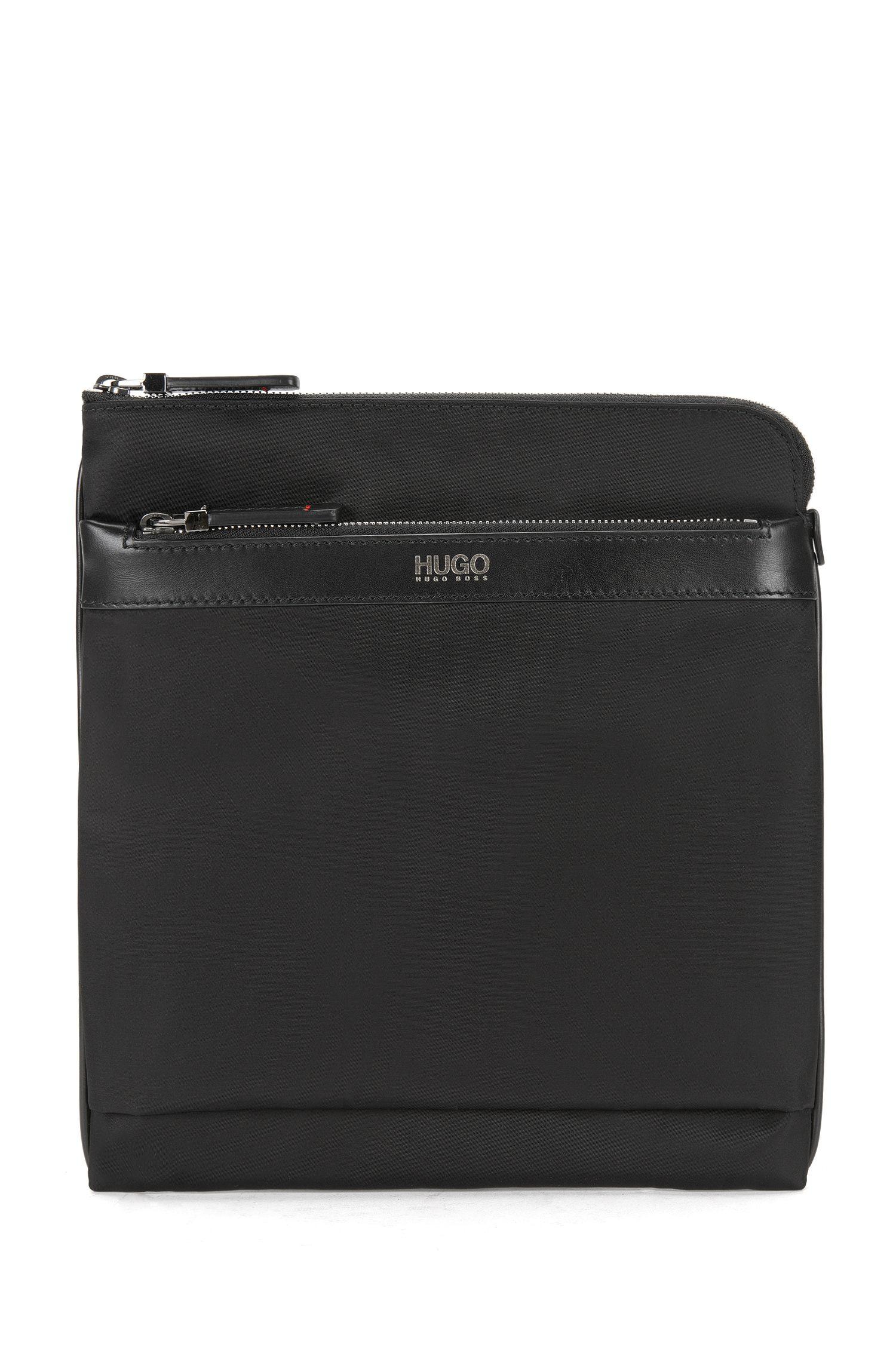 Shoulder bag with leather detailing: 'Digital L_S zip env'