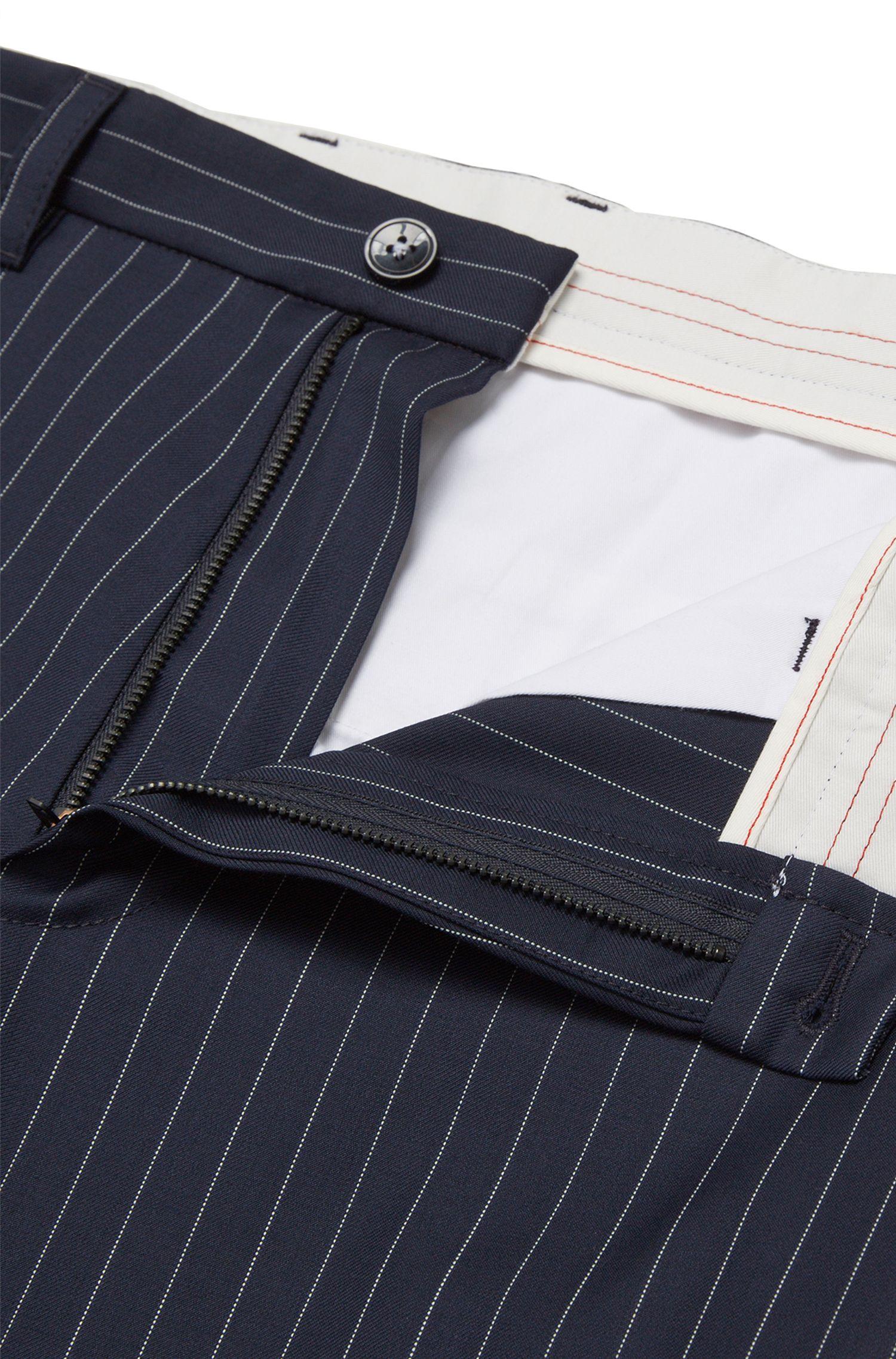 Tapered-Fit Hose aus Schurwolle mit elastischen Beinabschlüssen: 'Hyon'
