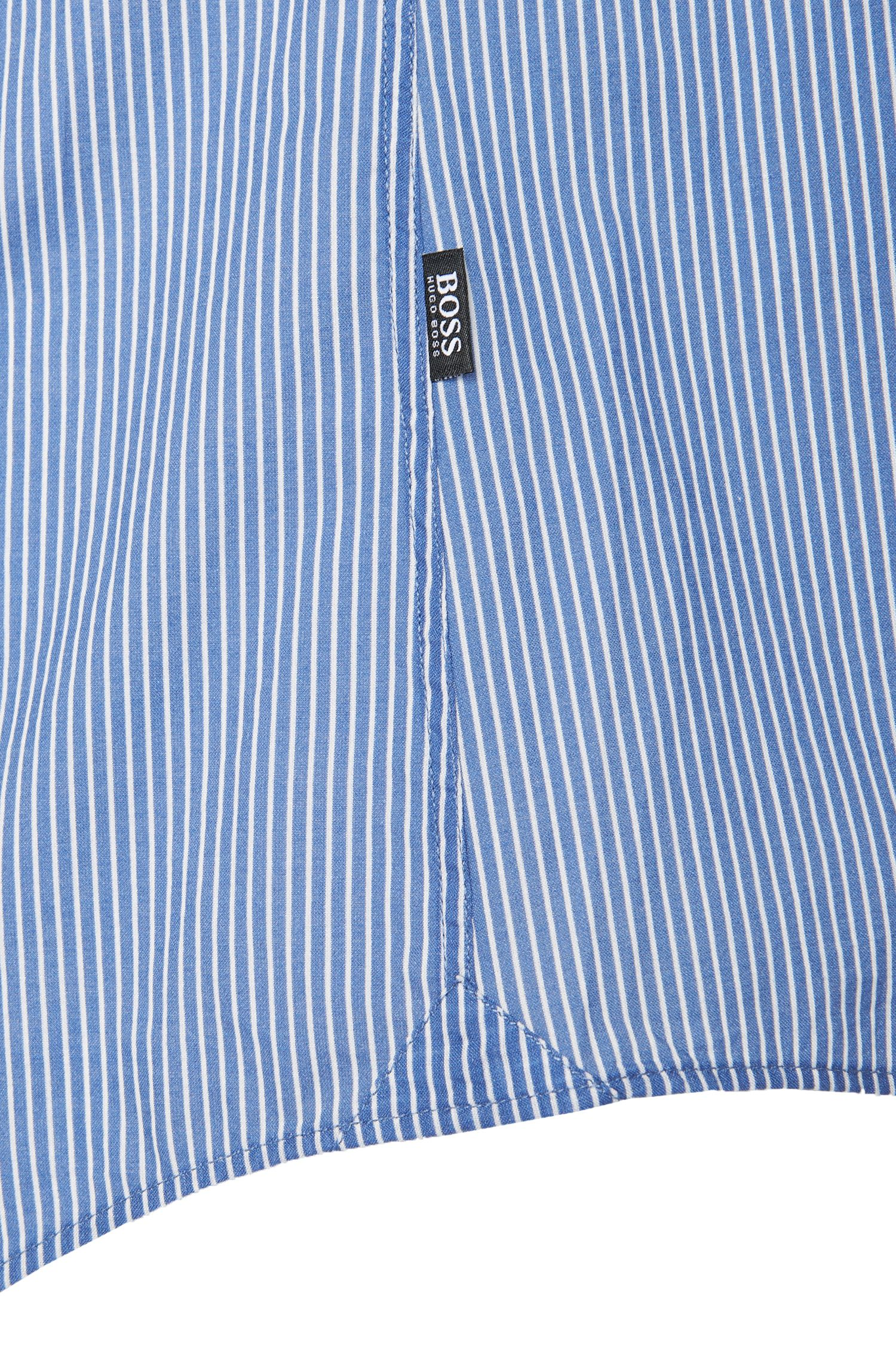Gestreept slim-fit overhemd van katoen: 'Reid'