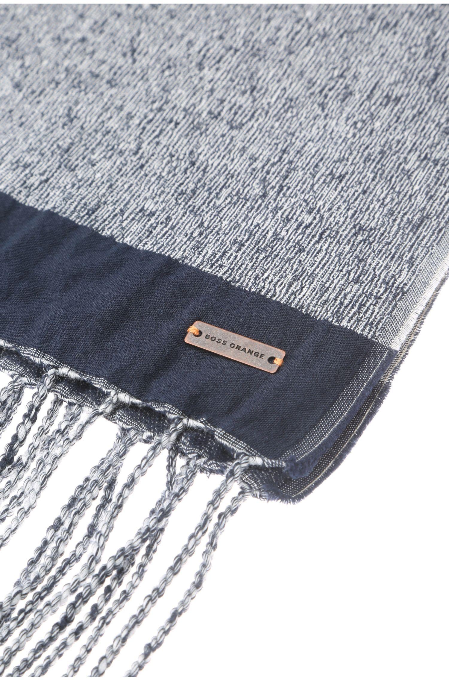 Écharpe en coton à franges: «Nade»