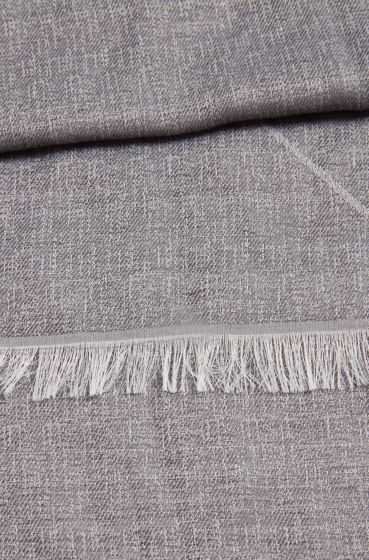 Dezent strukturierter Schal aus Viskose-Mix: 'Calight'