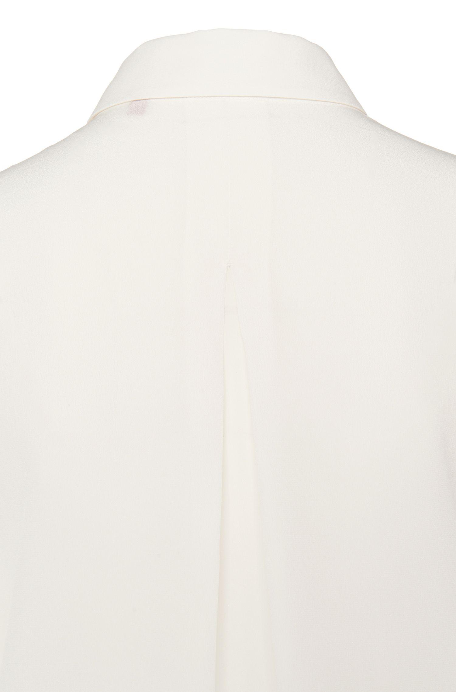 Figurumspielende Hemdbluse aus reiner Seide: 'Efesia'