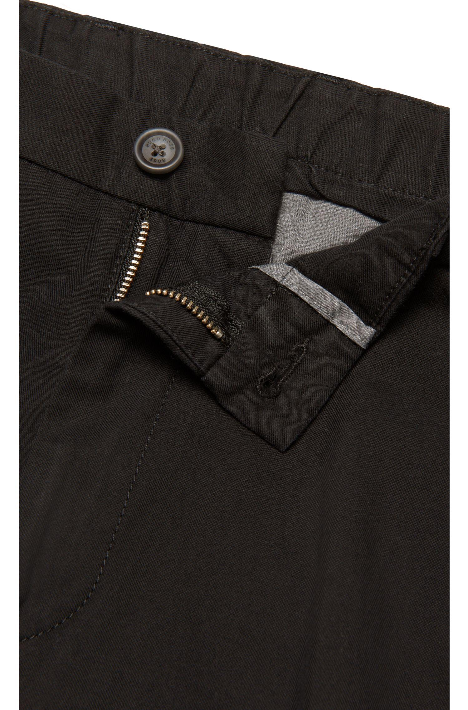 Pantalon Tapered Fit en coton mélangé à de la soie: «Yaron-W»