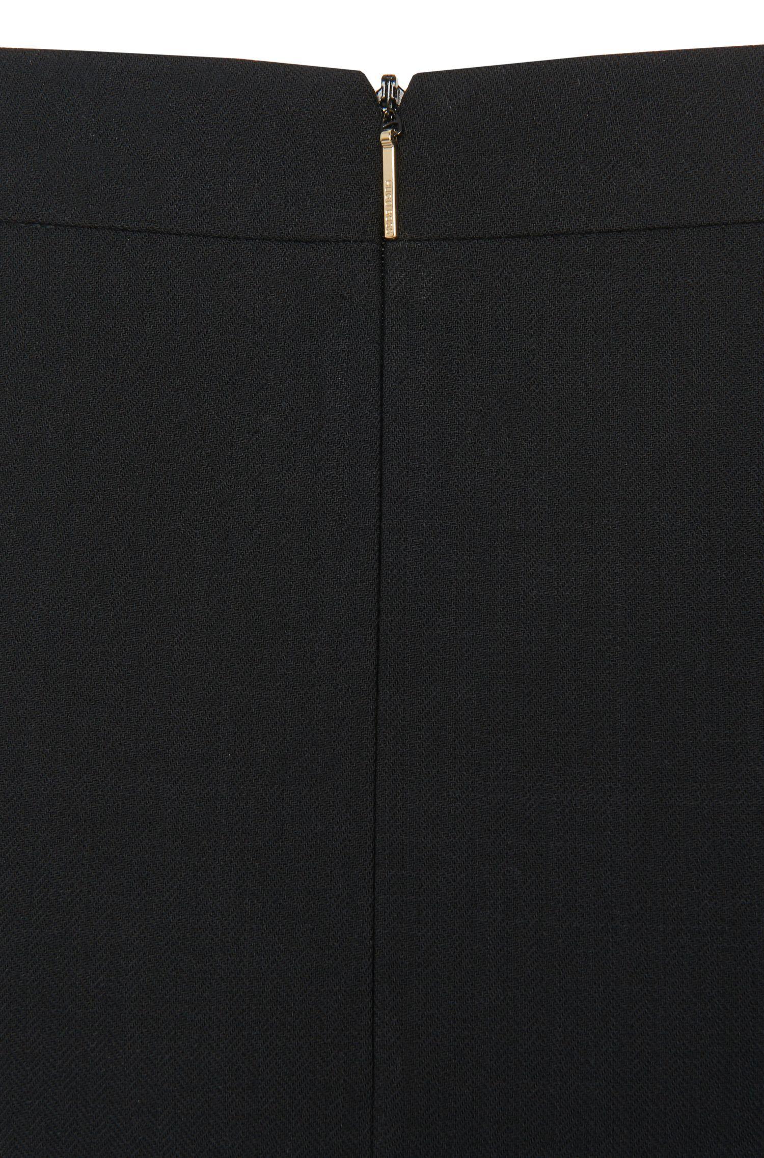 Jupe crayon en laine vierge stretch: «Vilea1»