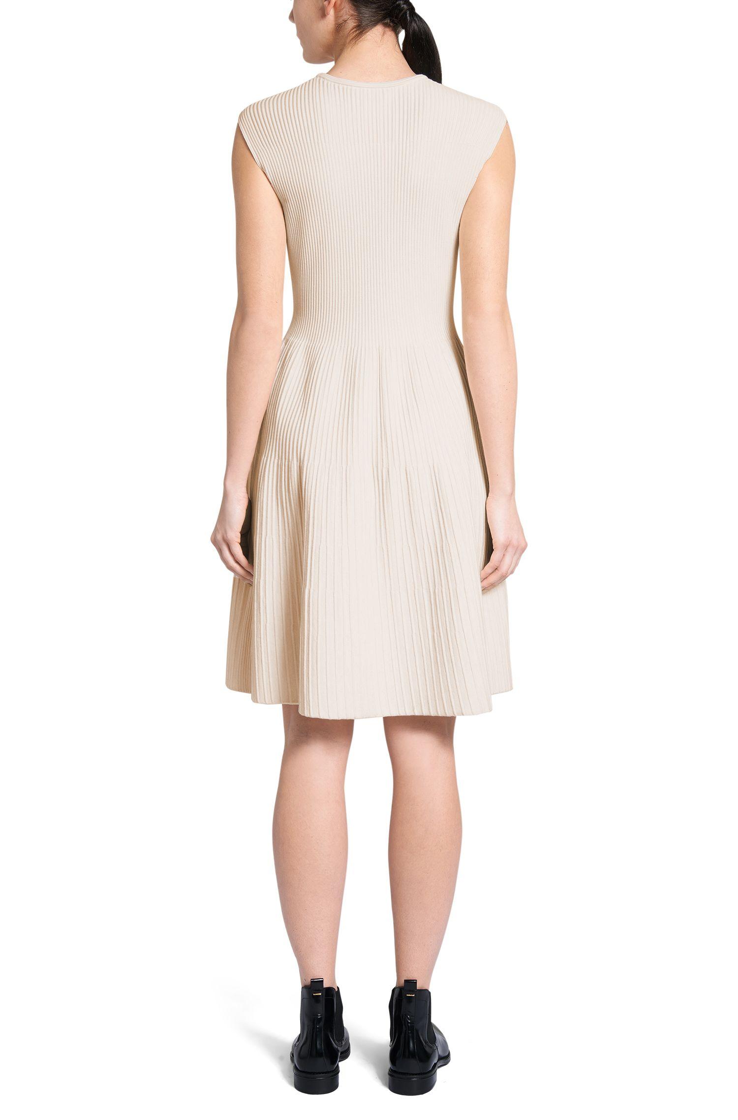 Gebreide jurk van een viscosemix: 'Fadesa'