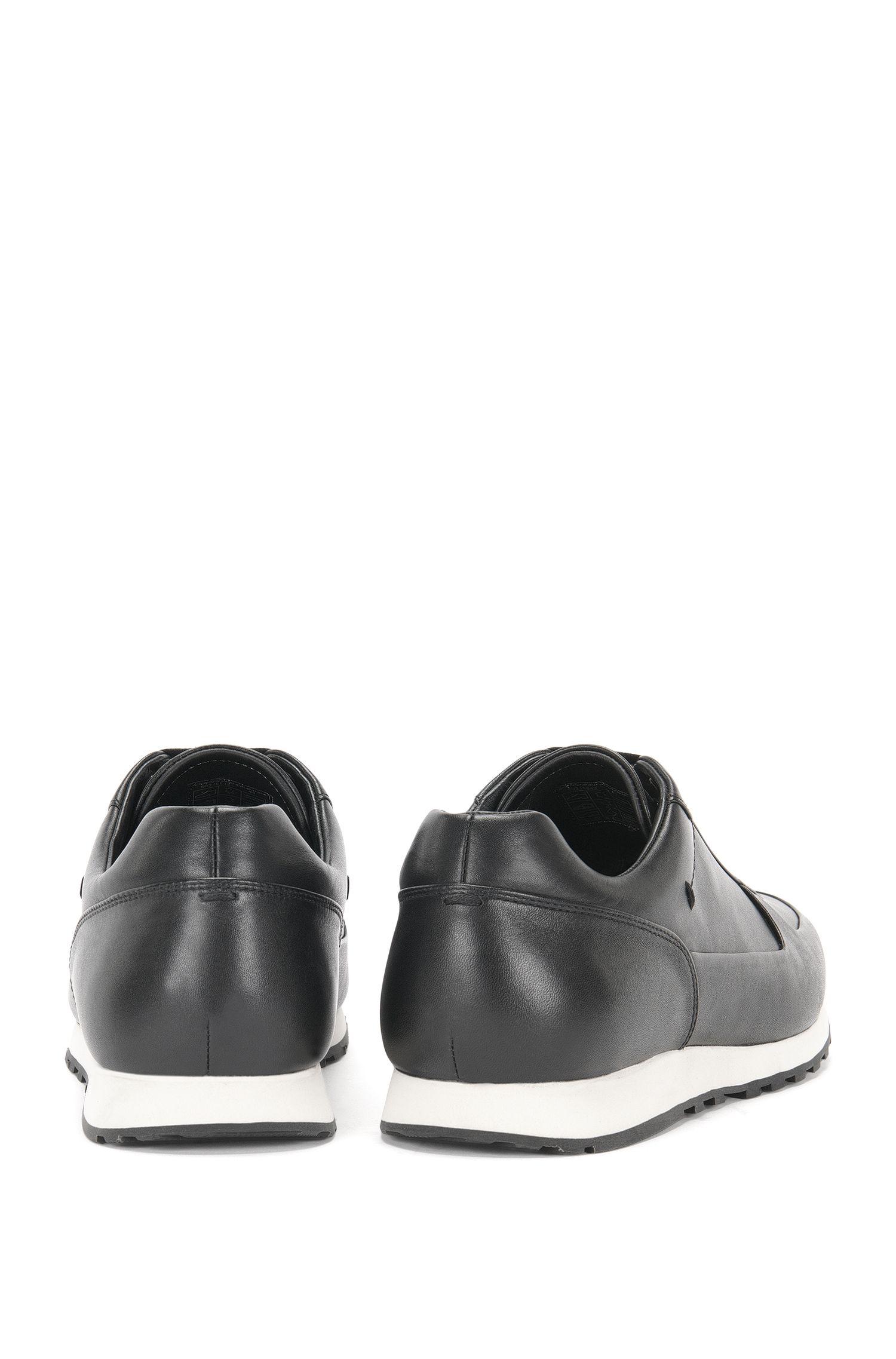 Effen sneakers van leer: 'Breeze_Runn_ltpl'