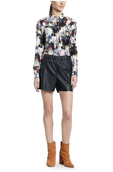 Comfort-Fit Shorts in Lederoptik: ´Salony`, Dunkelblau