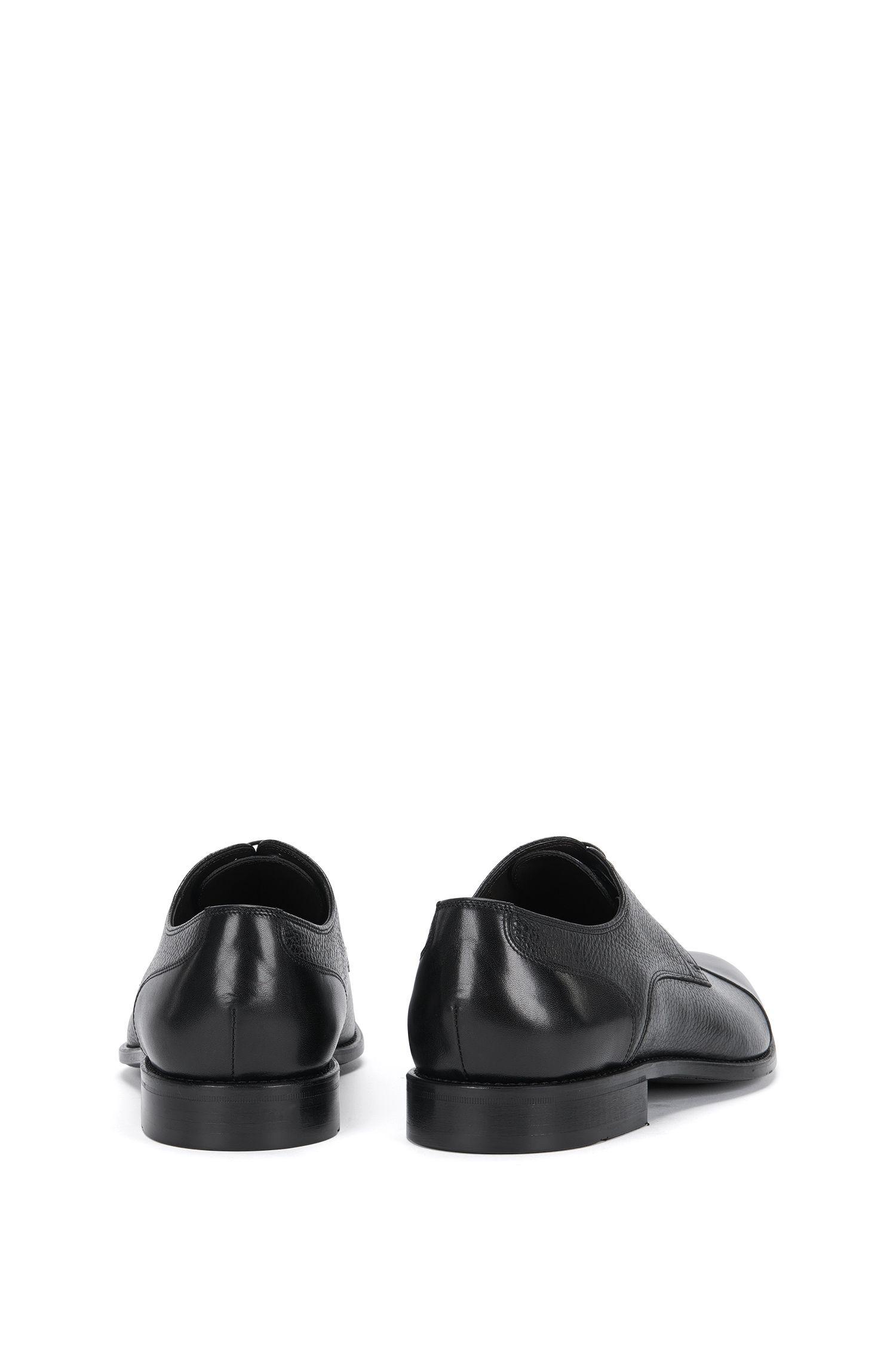 Chaussures à lacets en cuir présentant différentes structures: «Stockholm_Derb_mxct»
