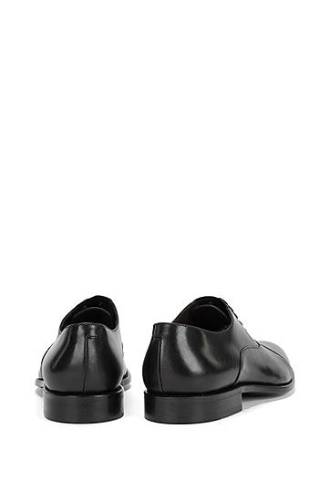 Schnürschuhe aus Leder mit abgesetzter Front: 'Stockholm_Oxfr_ltct', Schwarz