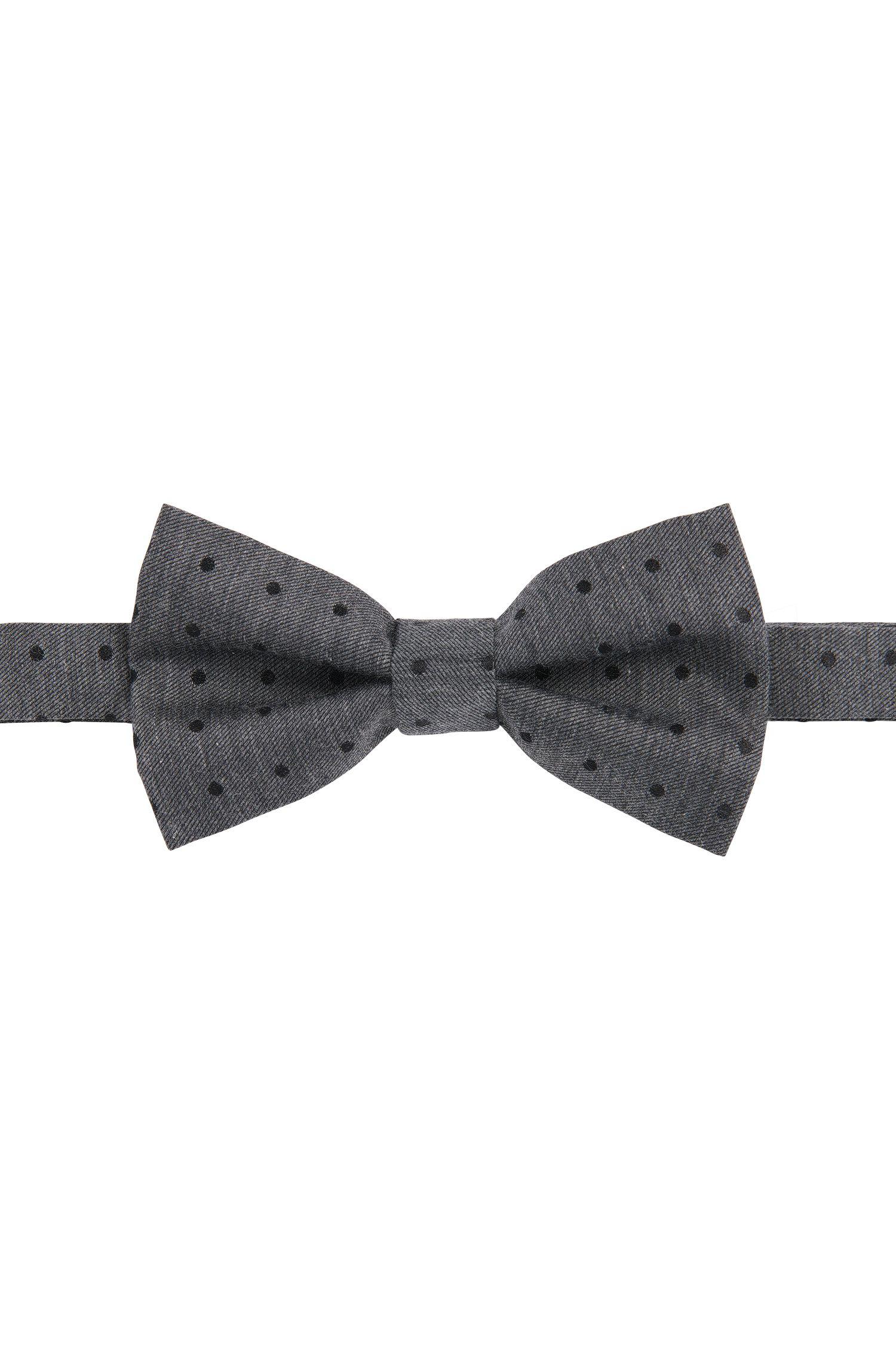 Gestippeld vlinderdasje van een katoenmix met zijde: 'Big bow tie'