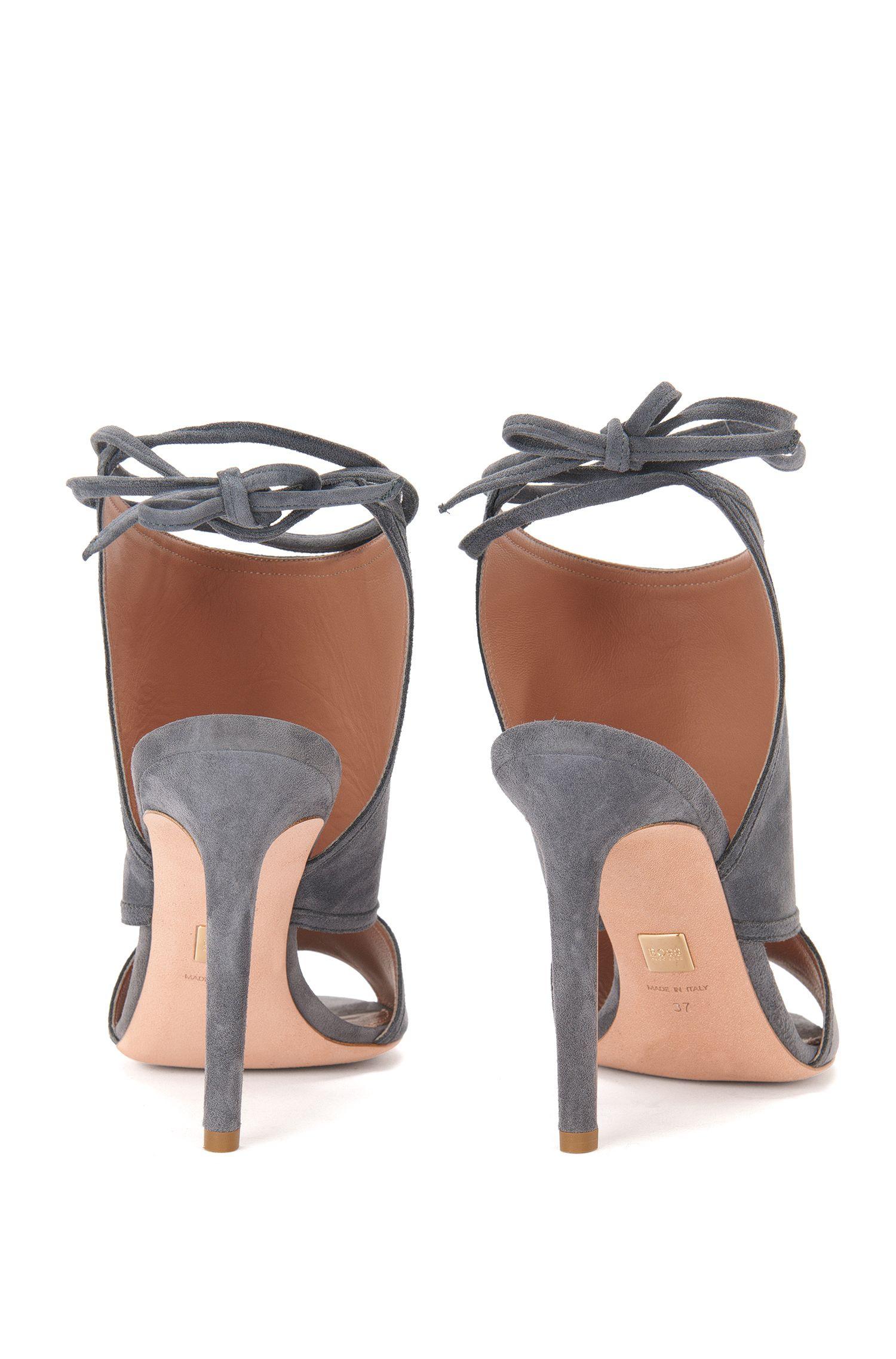 Sandales en daim à lacets: «Lady Sandal 100»