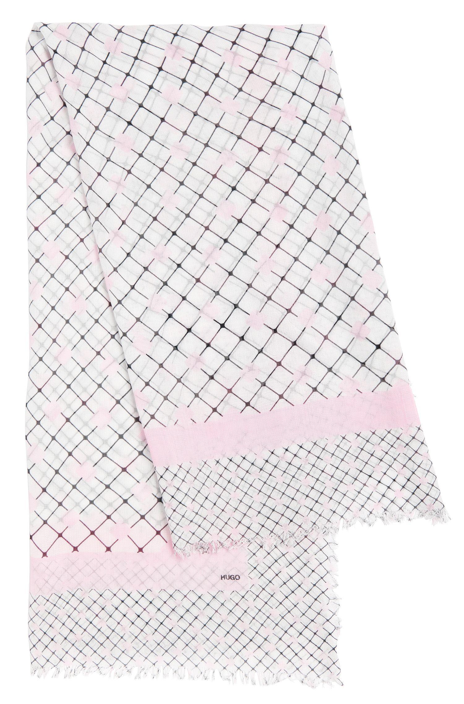 Vierkante omslagdoek met franjes van dezelfde stof: 'Women-Z 515'